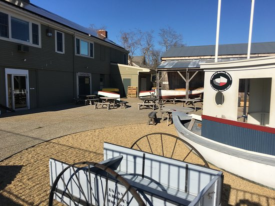 Hyannis Port, MA: Back area of museum