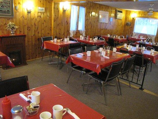 Magnetawan, Canadá: cozy family Café