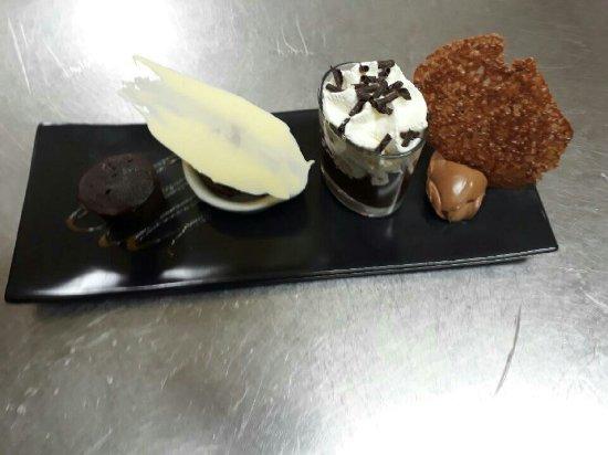Le Faouet, فرنسا: Dessert menu groupe
