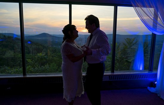 West Hazleton, PA: Dancing at my wedding