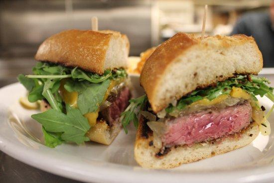 เพลเซนท์ฮิลล์, แคลิฟอร์เนีย: Thursday Lunch Steak Sandwhich