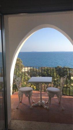 Hotel Punta Rossa: Una delle tante stanze curate non modernissime ma dotate di ogni confort che si richieda. Basta