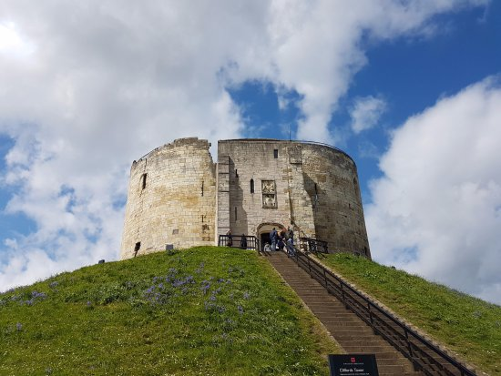 ‪Clifford's Tower‬