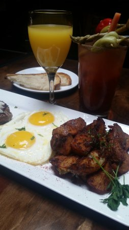 Burien, WA: Sunday Funday Brunch