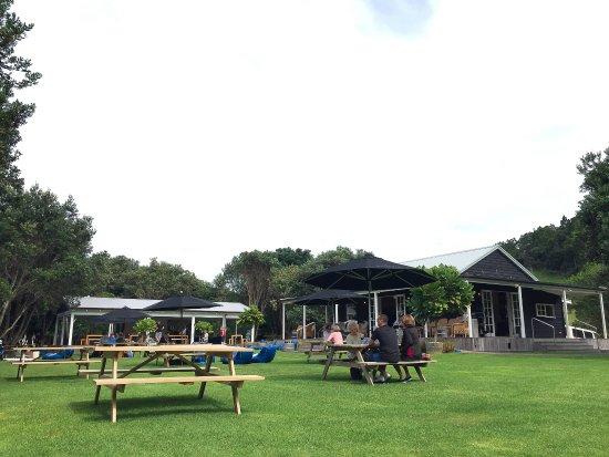 Ilha Waiheke, Nova Zelândia: outdoors seating