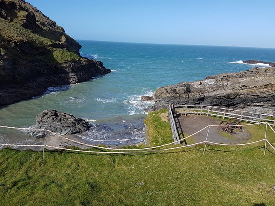 Tintagel Castle: Nice place to visit.