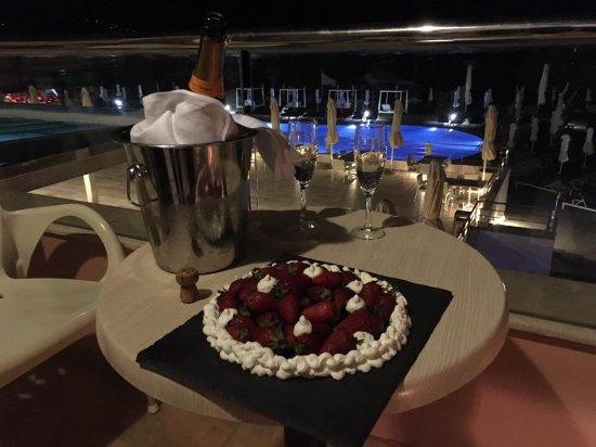 Kiani Beach Resort: Celebrating in style