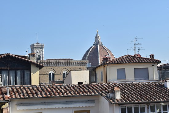 Hotel Hermitage: Rooftop view. looking toward the the centre of Florence