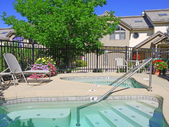 Pictures of Ironwood Townhomes - Steamboat Springs Photos
