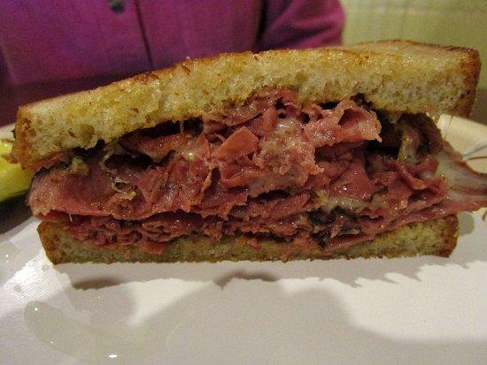 Flemington, NJ: Great Tasting Hot Pastrami Special
