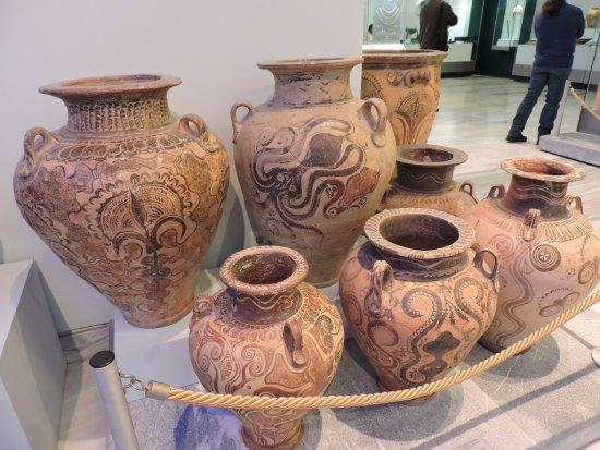 Αρχαιολογικό Μουσείο Ηρακλείου: octopus