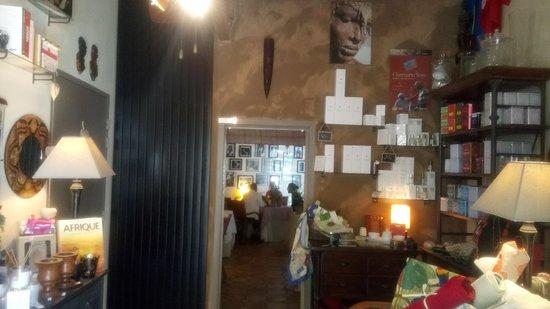 Saint Avertin, Prancis: L'entrée