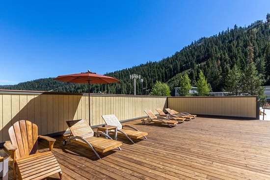 Olympic Valley, CA: Sun Deck