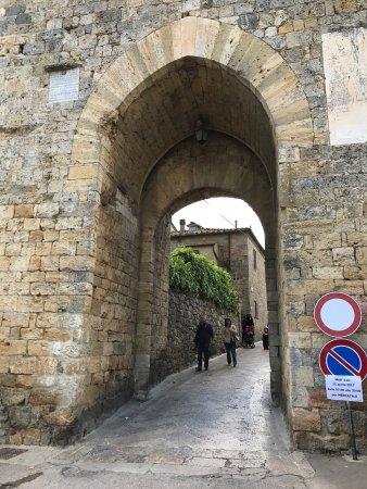 Монтериджиони, Италия: photo0.jpg