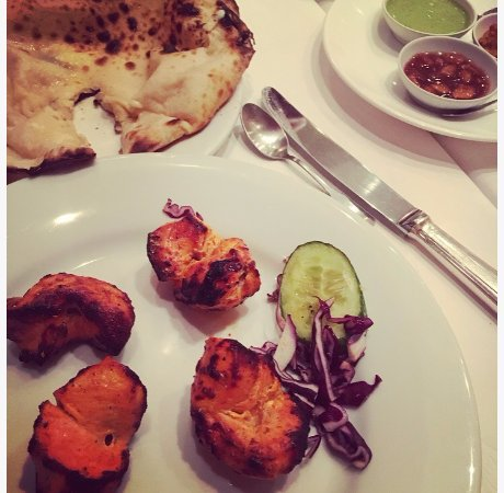 Poulet tikka pain fromage 3 sauces picture of le for Le jardin fromager