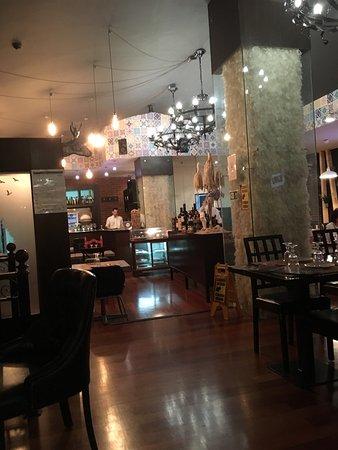 Castro Verde, Portugal: Très bonne adresse, service parfait, serveur parle français, très pratique. Les plats sont bons,