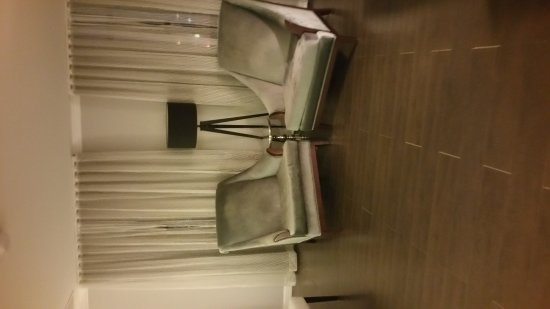 Hotel Deco XV: 20170419_222008_large.jpg