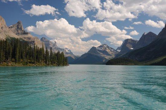 Maligne Lake Cruise : Maligne lake 6