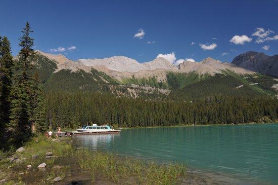 Maligne Lake Cruise : Maligne lake 7