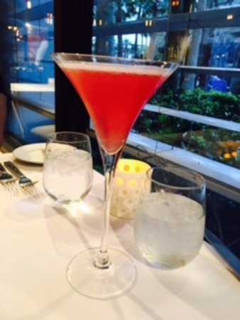 35 Steaks and Martinis : Pomegranate Blush-excellent