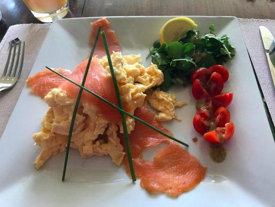 Fishguard, UK: Scrambled eggs with smoked salmon breakfast option.