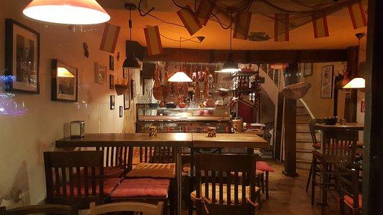 Homburg, Almanya: Tapas klein & köstlich