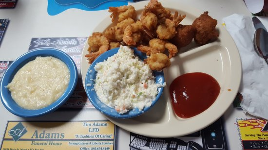Blountstown, FL: More than enough on the small order of shrimp.