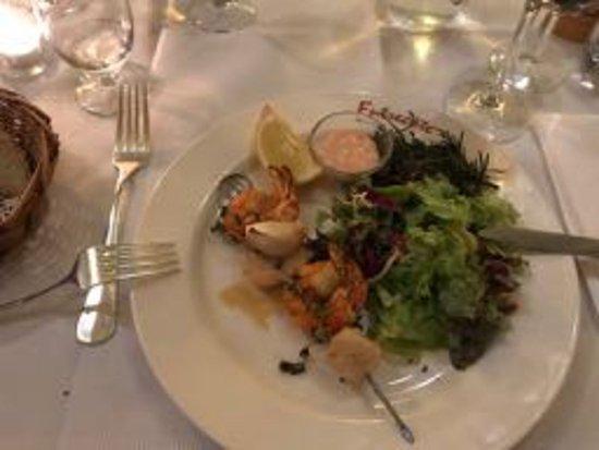 Entrecote: Salat mit Riesengarnelen und Jakobsmuscheln mit Salat