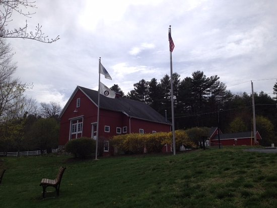 Uxbridge, MA: River Bend Farm Visitors Center
