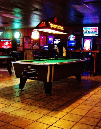 Gresham, Oregón: Pool tables and Video poker