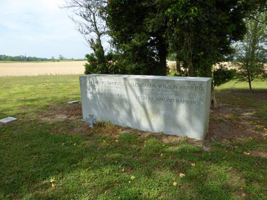 Surry, VA: Grave