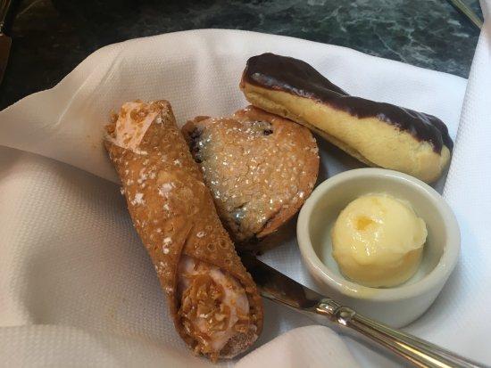 Hamiltons' at First & Main : Sunday brunch bread basket