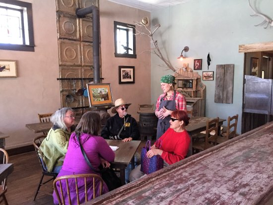 Cerrillos, NM: Kelly Chatting with Guests