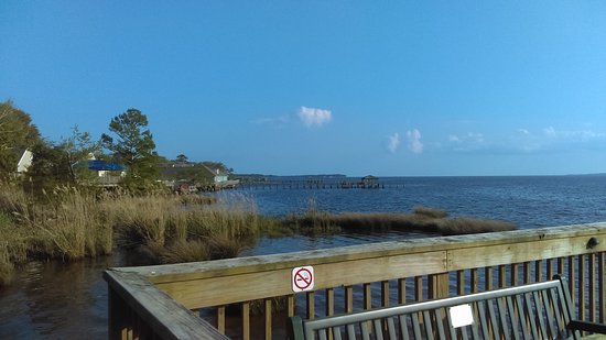 Duck, NC: view over the sound
