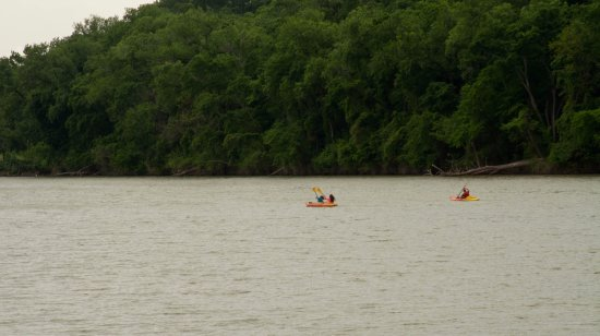 Waco Mammoth National Monument: Kayaking on the Brazos River near Waco Mammoth NM