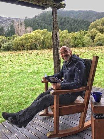 Мотуэка, Новая Зеландия: Rocking Chair at our cabin