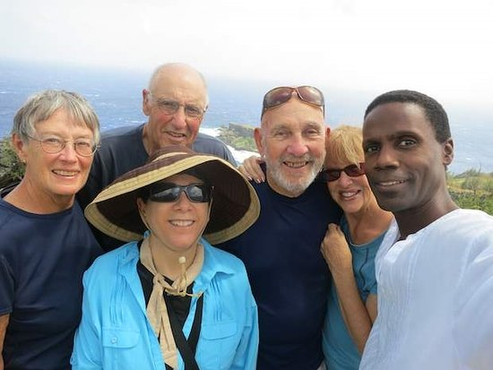 "‪‪Saipan‬, جزر ماريانا: ""Globetrekkers, Patricia, Neil, Del, Linda and Marcia (front) on Saipan!""‬"