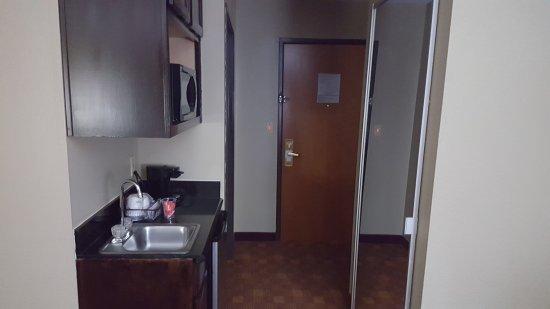 BEST WESTERN Temple Inn & Suites: 20170424_211749_large.jpg