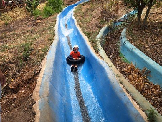 Rincon de La Vieja, Costa Rica: The super fun and fast water slide.