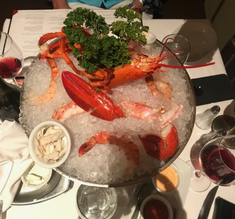 Harrah S Cherokee Hotel Ruth Chris Seafood Tower