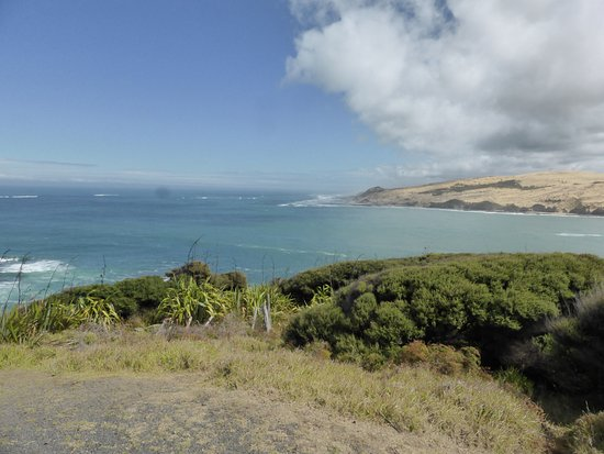 Omapere, Selandia Baru: looking at mouth of Hokianga Harbour and Tasman Sea