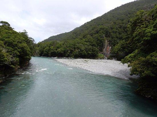 Wanaka, Yeni Zelanda: 1st bridge