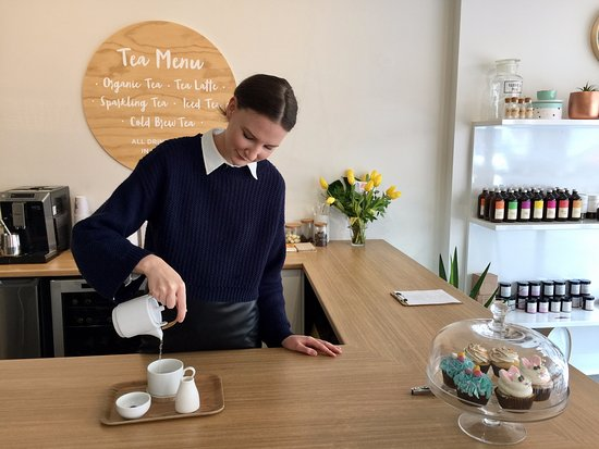 Launceston, Australia: Tea tasting at Essential Home Body & Tea Bar