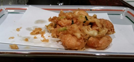 Funabashiya Honten: This was a group of things fried together - very tasty