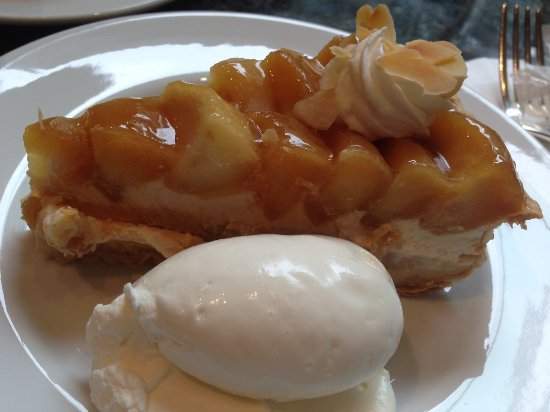 Tokyo Park Hyatt Tokyo Delicatessen: Best Dessert at the Deli