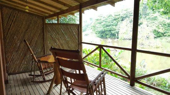Hotel Hacienda Sueno Azul: Rocking chairs on the balcony