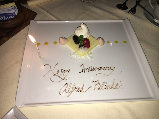 Alan Wong's Restaurant: They even gave us a Happy Anniversay gift!!