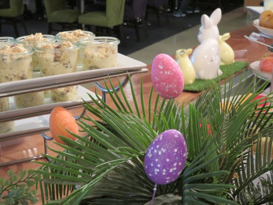 Greenlane, Nouvelle-Zélande : Easter morning breakfast at the Novotel