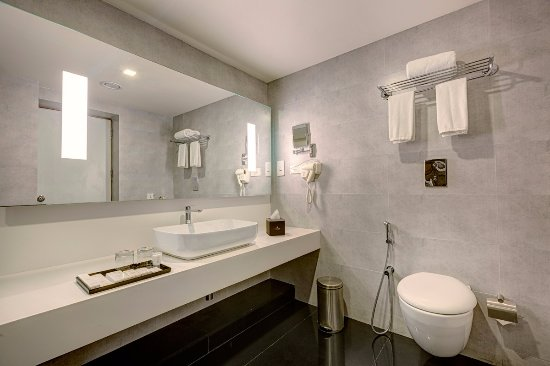 Attide Hotel Bathroom Hotels In Bangalore International Airport Road