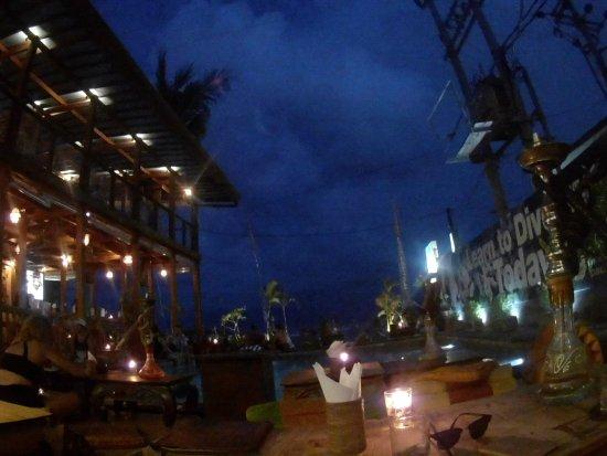 Pesona Beach Resort & Spa: 20170423_183402_large.jpg